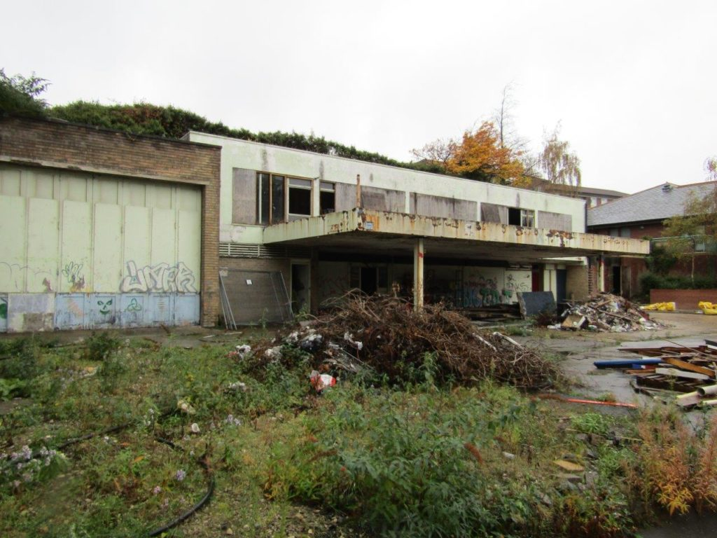 The site of the old Murco petrol station on Spital Hill, opposite Sorby House, has been a derelict eyesore for 25 years. it is a old ruined building.