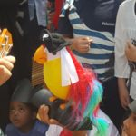 Children and the parrot
