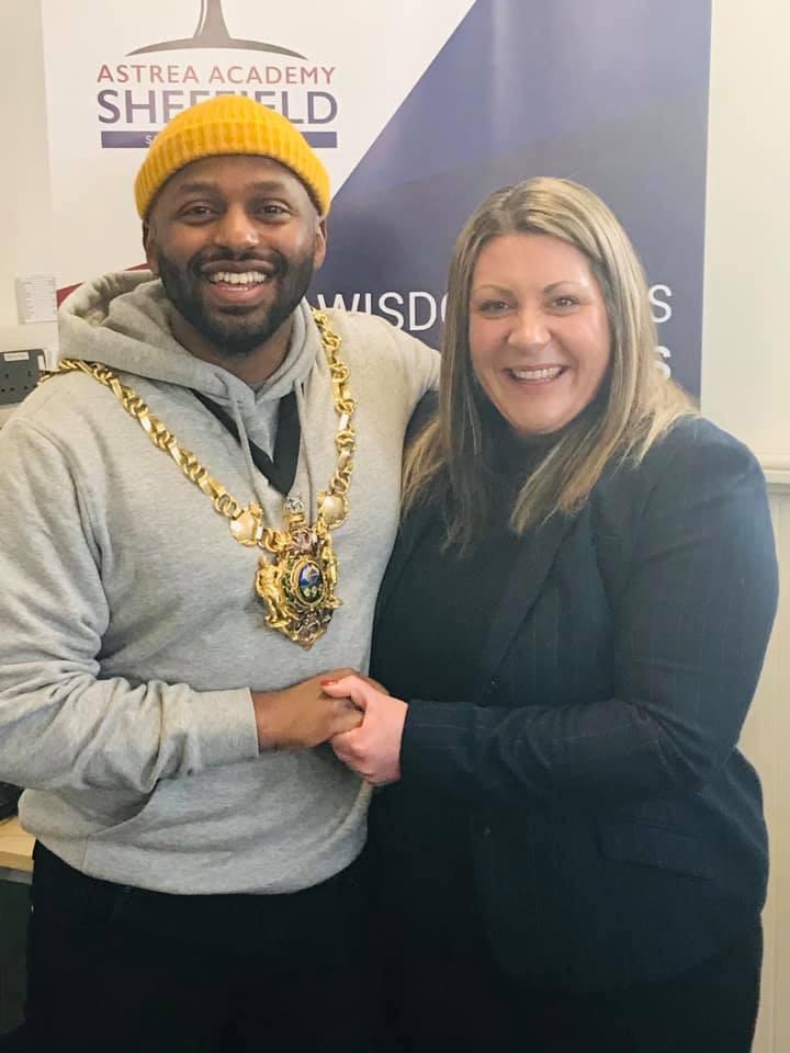 Headetacher Kim Walton with Mayor Majid Majid