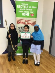 Oasis Fir Vale children litter pick