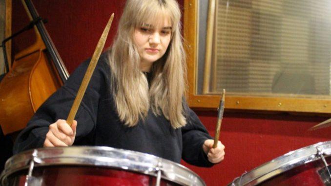 estelle drums