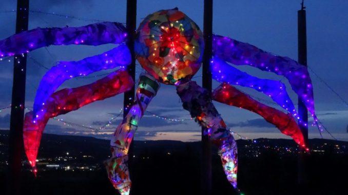 Big spider lantern