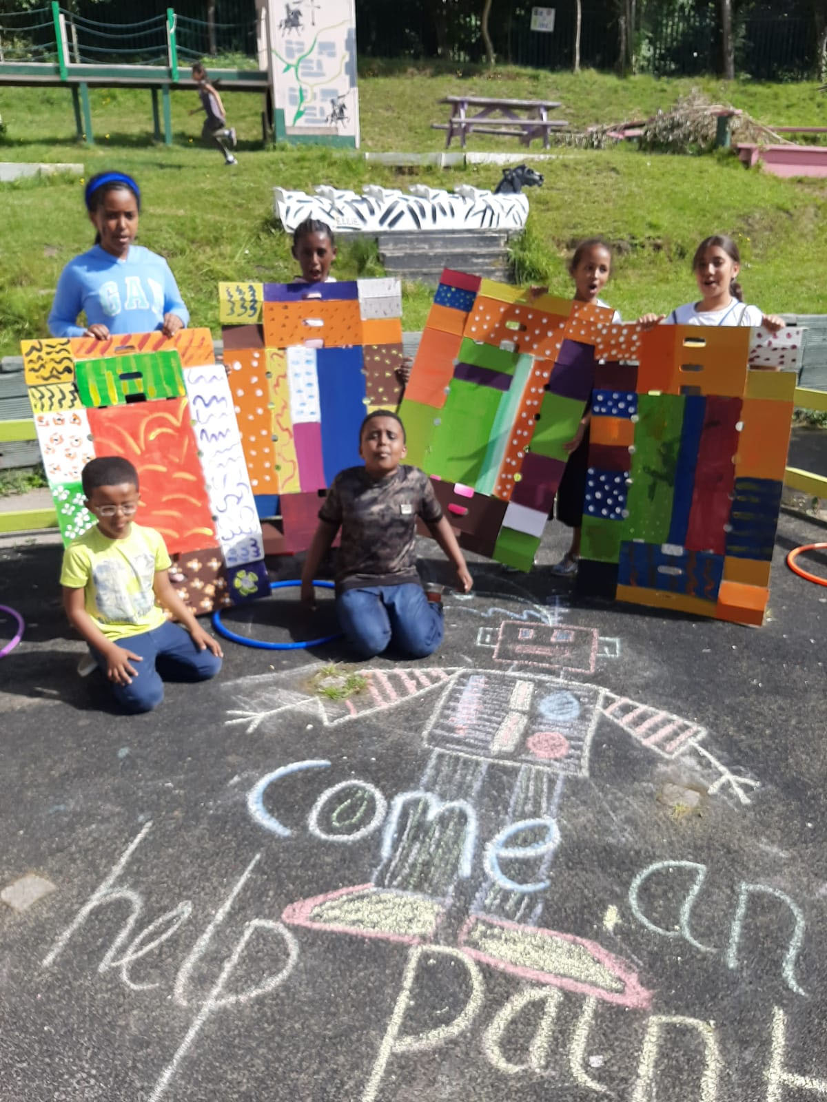 Adventure Playground – Come and help paint