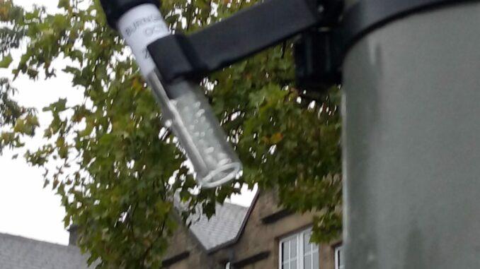 Air monitoring tube