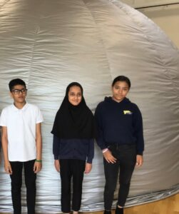 OASIS pupils in an astronomical dome dome.