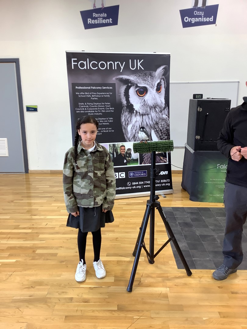Oasis Pupil during falconry visit